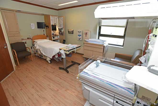Backus Birthing Center: Patient Room